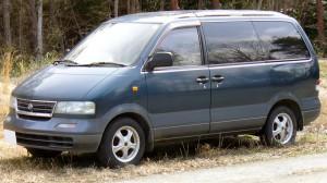Nissan_Largo_1993