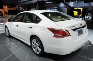 nissanaltima_2013_02