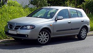 300px-Nissan_Almera_5-Türer